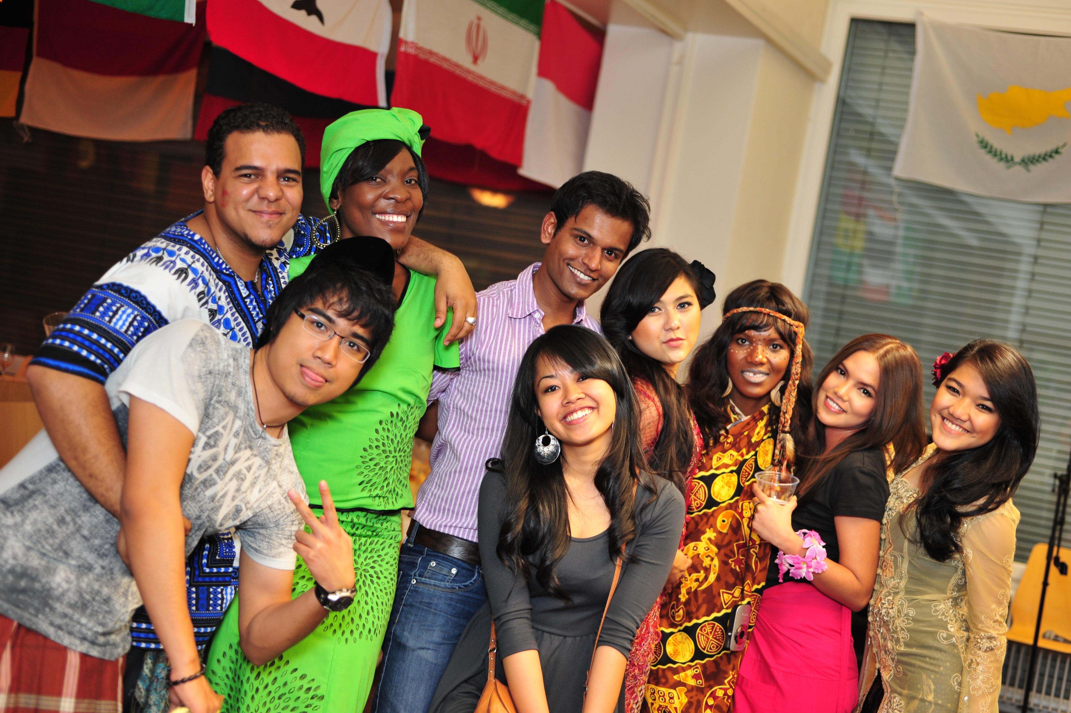 Môi trường học tập đa văn hoá dành cho sinh viên học tập tại IMI